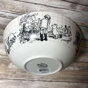"""Disney Sketchbook Winnie The Pooh Serving Bowl 9"""""""